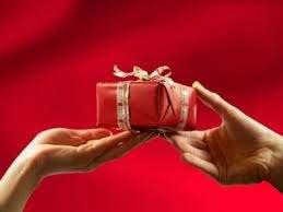 Sevgiler günü hediyeli mesajlar