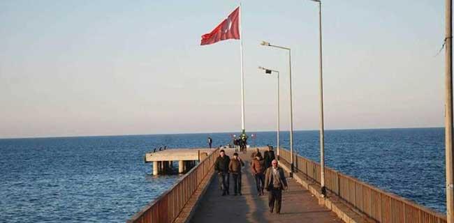 Giresun Bulancak İskelesine Dev Türk Bayrağı