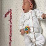 1 Aylık Bebek Nasıl Beslenmeli