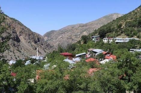Erzincan Başbağlar katliam yapılan köyün resimleri