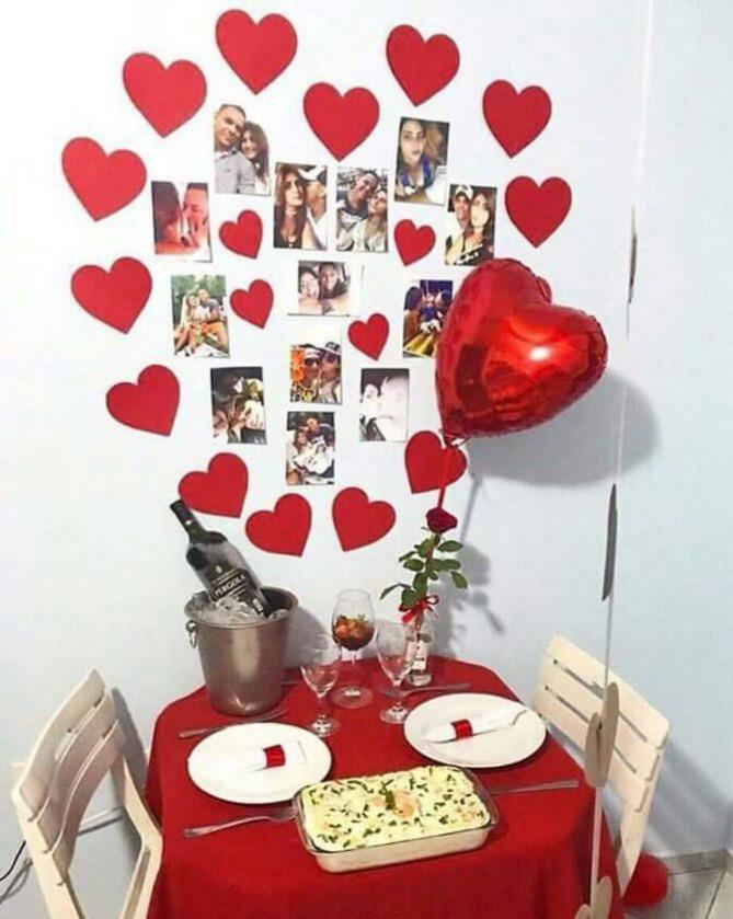 Sevgililer Gününe Özel romantik yemek masası örneği