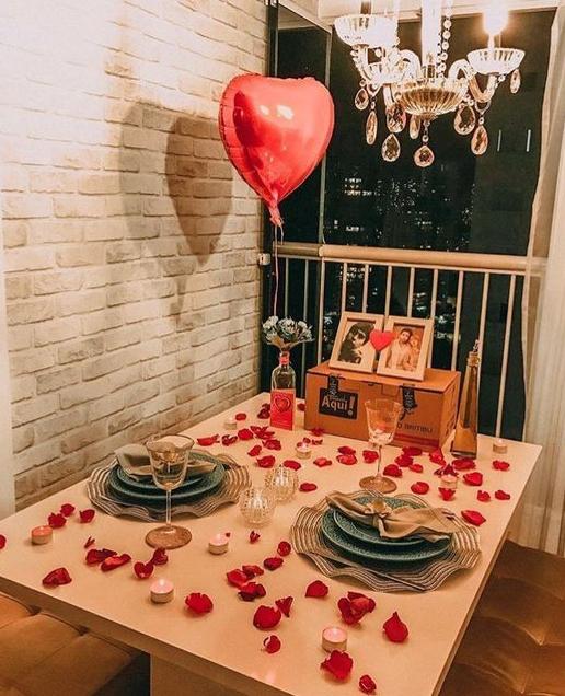 Sevgililer Gününe Özel romantik yemek masası resimleri