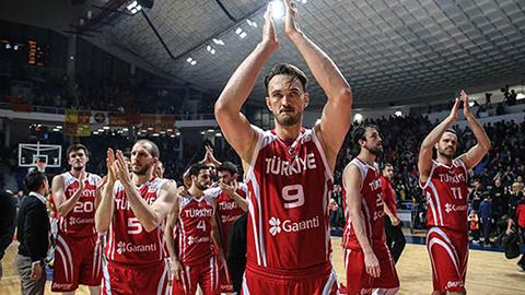 Türk Basketbol Tarihinin İlkleri;