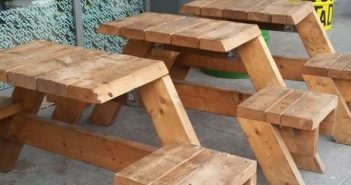 Cafe önünde oturmak için ilginç değişik masa tasarımları