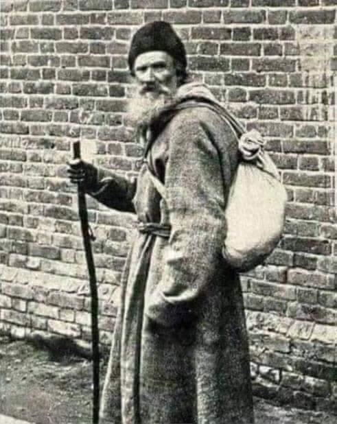 Rus Edebiyatının dev ismi Tolstoy'un  Hayatı Sorgulatacak Ders Niteliğinde 17 Sözü