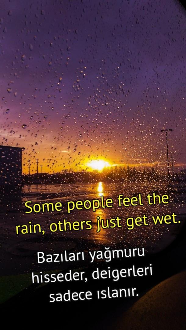 Yağmur ile ilgili ingilizce mesajlar